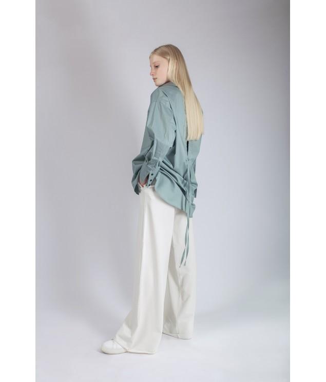 Back slit shirt